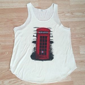 Ivory / Cream British Red Telephone Booth Tank Top